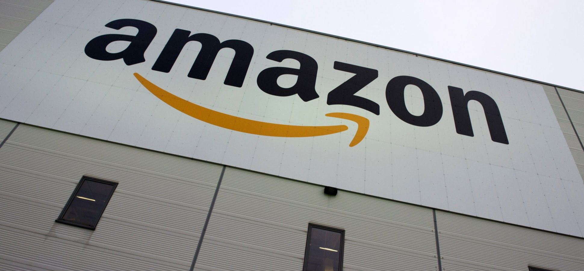 Amazon Begins Offering Paid Paternity Leave