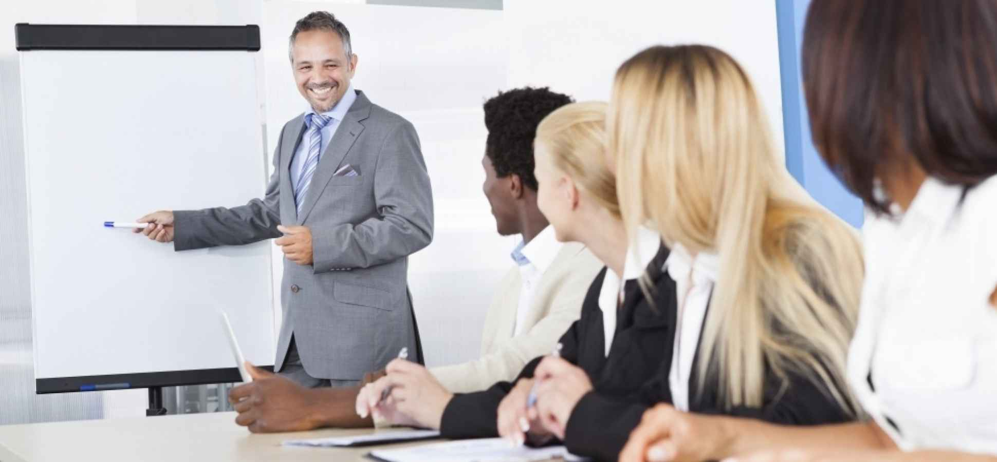 9 Important Things Leaders Do to Create Amazing Teams