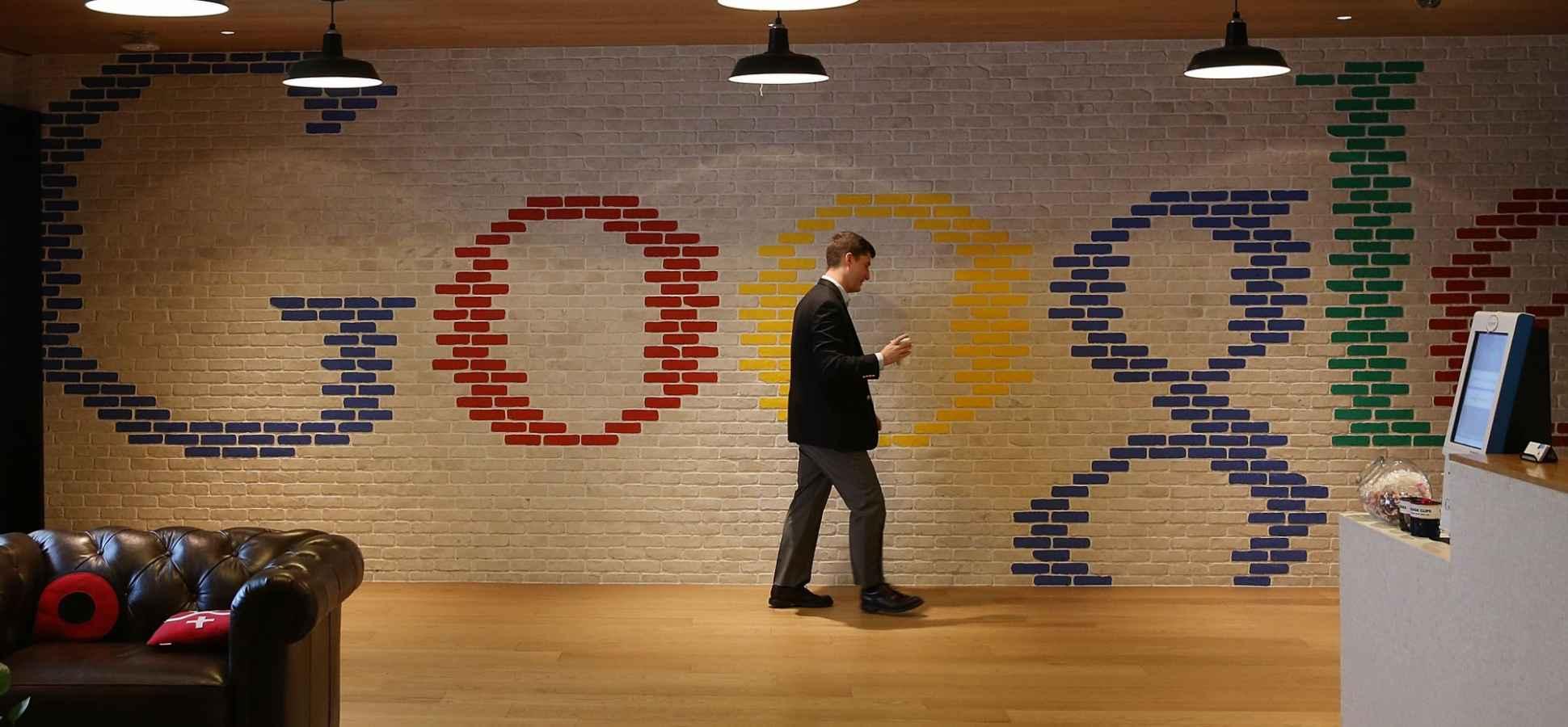 Google Posts Mixed Quarterly Results Amid New Threats to Company