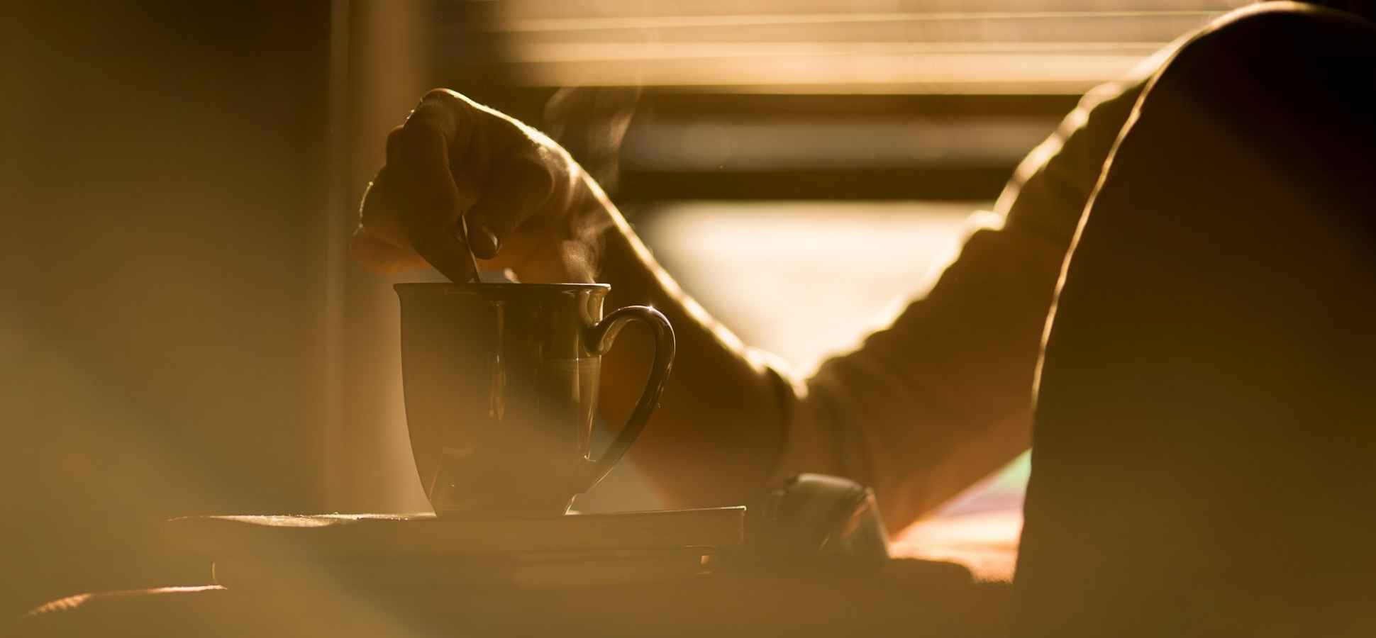 3 Super Simple Ways to Set Yourself Up for Success Each Morning (in Under 3 Minutes)