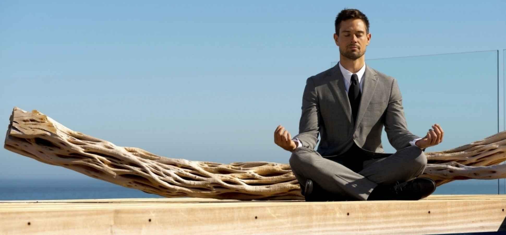 33 Ways to Encourage Mindfulness at Work