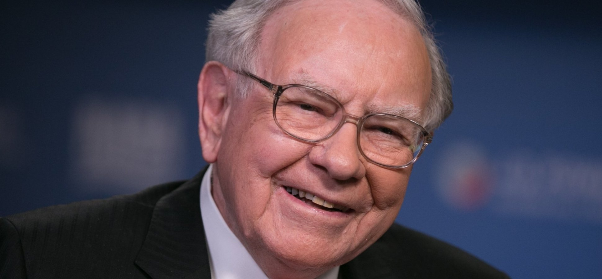 I Read the 1936 Book That Launched Warren Buffett's Career and It's Truly Inspiring