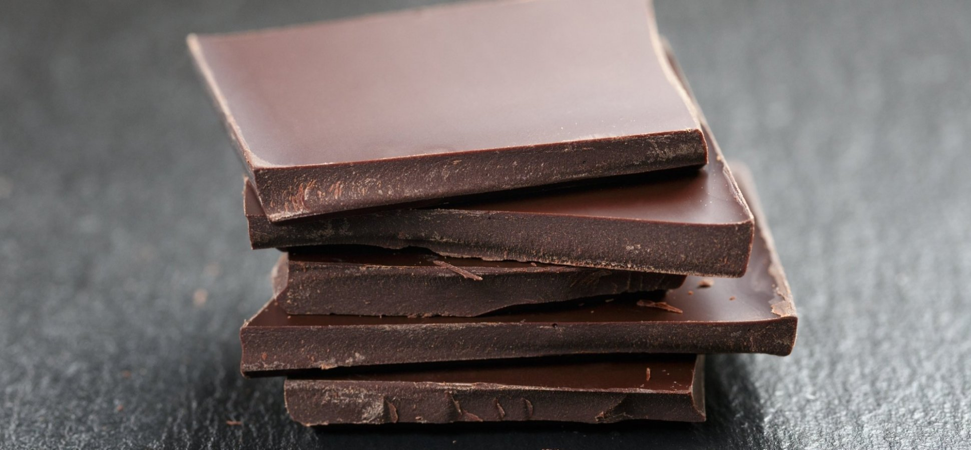 Scientists Just Discovered That Eating Chocolate Has an Amazing Affect On Happiness. But There Is a (Literally) Small Catch
