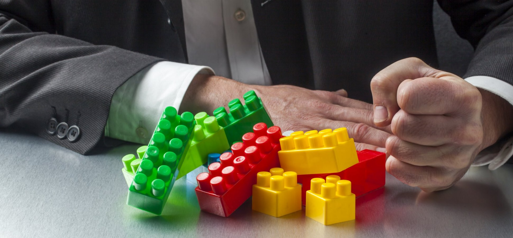 Want to Make Better Leaders? Give Them These 3 Kinds of LEGO Kits (Seriously)