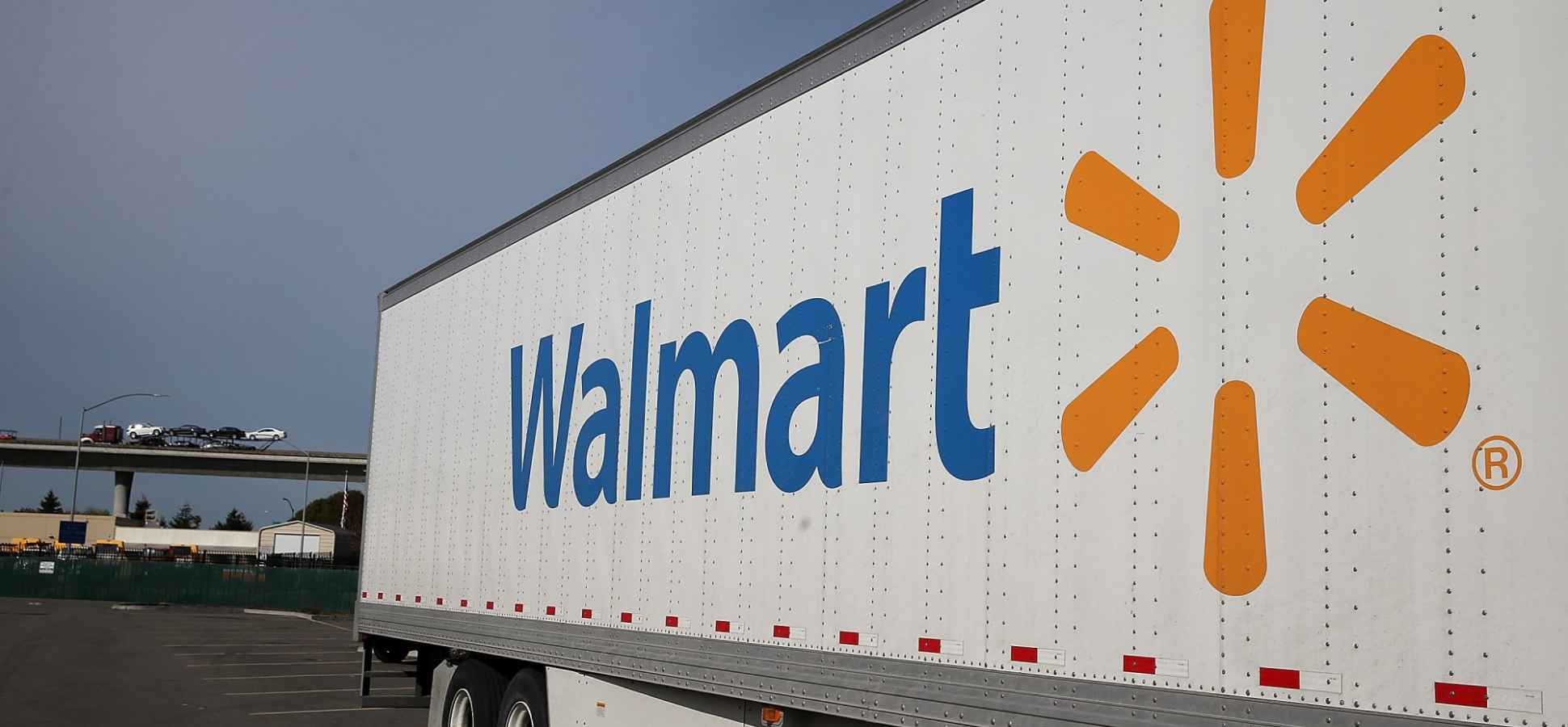 Wal-Mart to Launch Unlimited Shipping Service for $50 Per Year