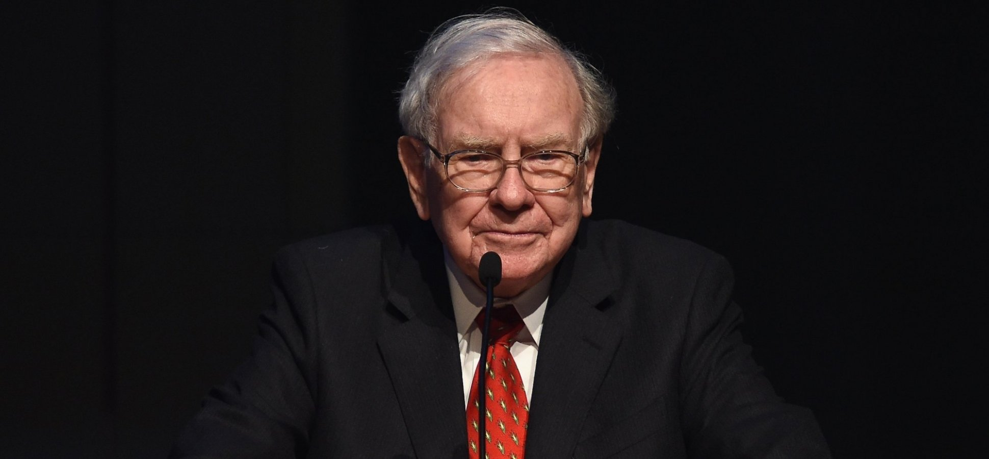 Warren Buffett Says Stop Trying to Build the Perfect Career. Work for a Leader You Can Truly Admire Instead (Like These 4)