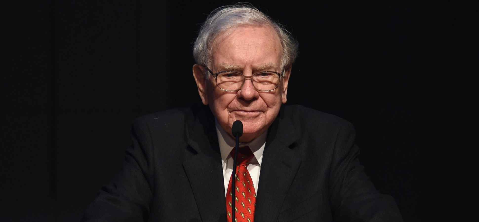 Warren Buffett's Secret Trick to Persuasion Revealed (It's Not What You Think)