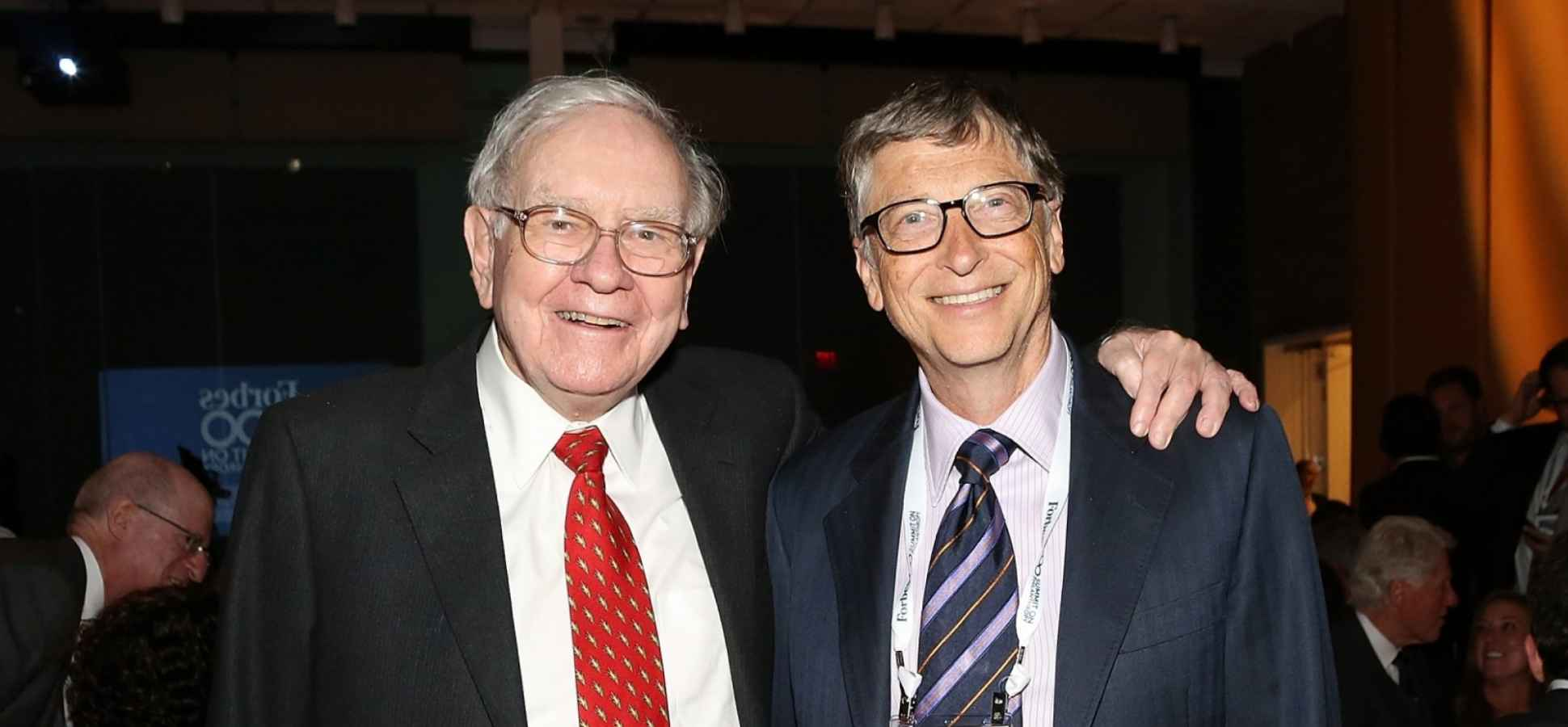 Here's How Warren Buffett Earned More Than Bill Gates and Jeff Bezos in 2016