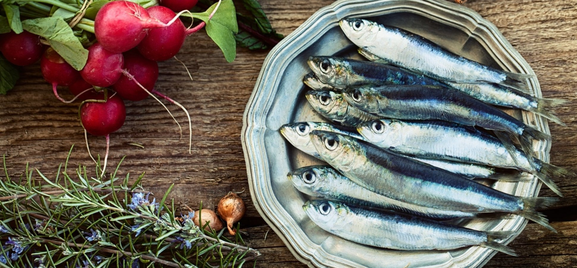 Why Does This Successful Entrepreneur Eat 5 Cans of Sardines Every Day?