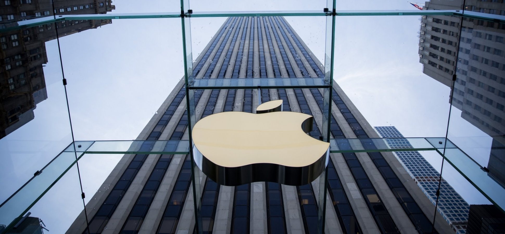 Apple Just Reported the Largest Corporate Profit Ever Due to These 3 Reasons