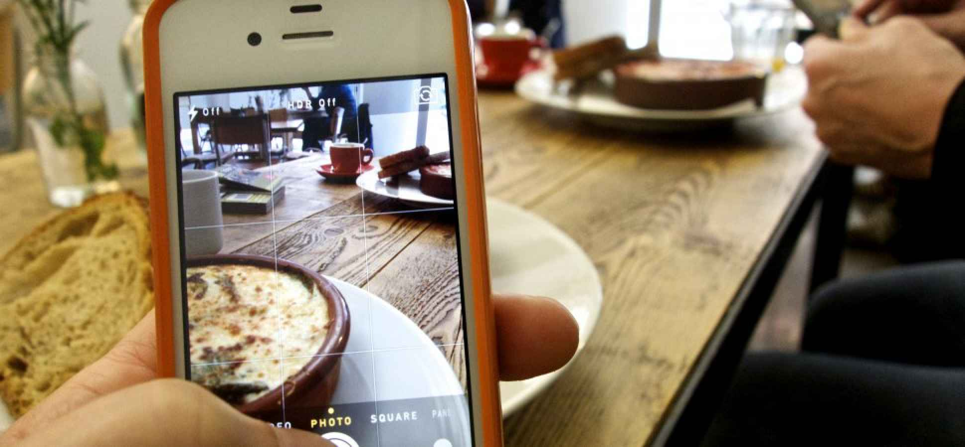 When it Comes to Engaging Customers, Instagram Beats Twitter