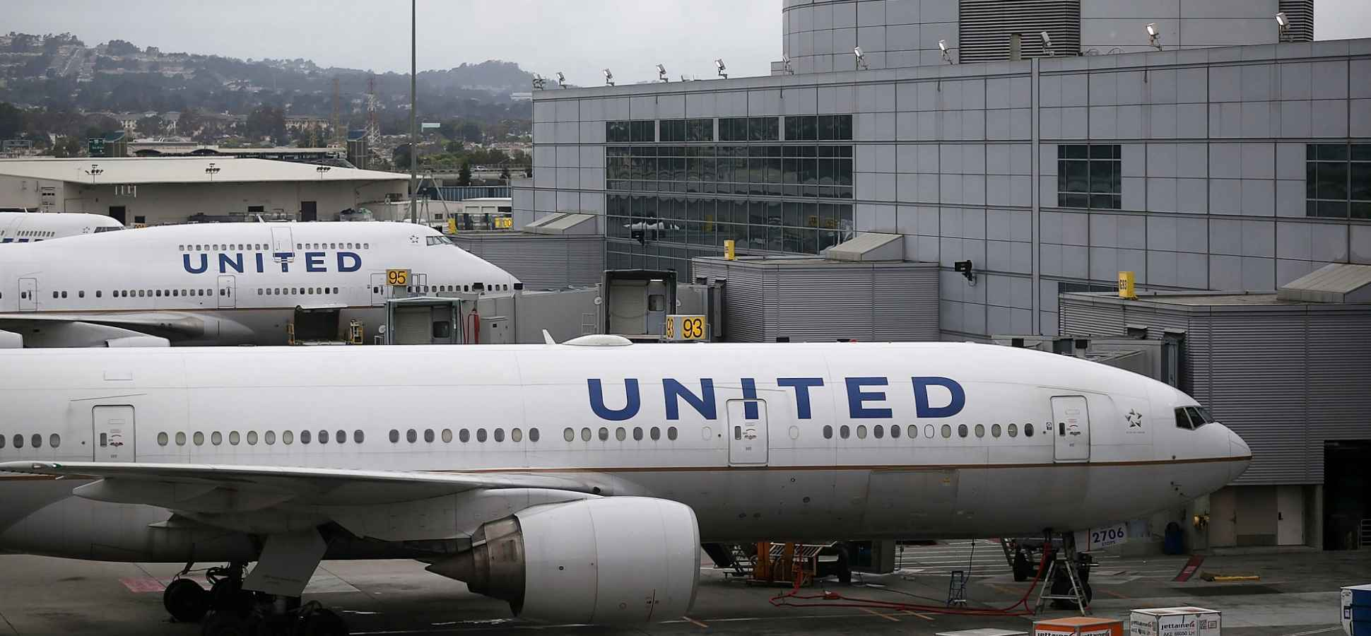 United Airlines Has Just Taken Away Some Really Basic Items (Oh, From First Class)