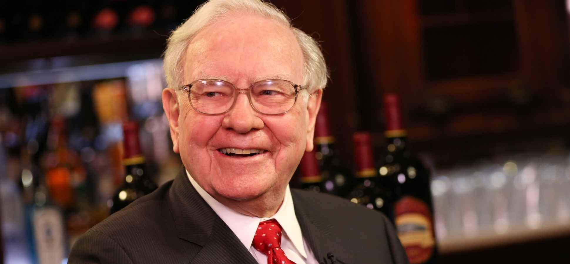 Warren Buffett and 26 Other Successful Leaders Share Their Best Piece of Advice for New Graduates