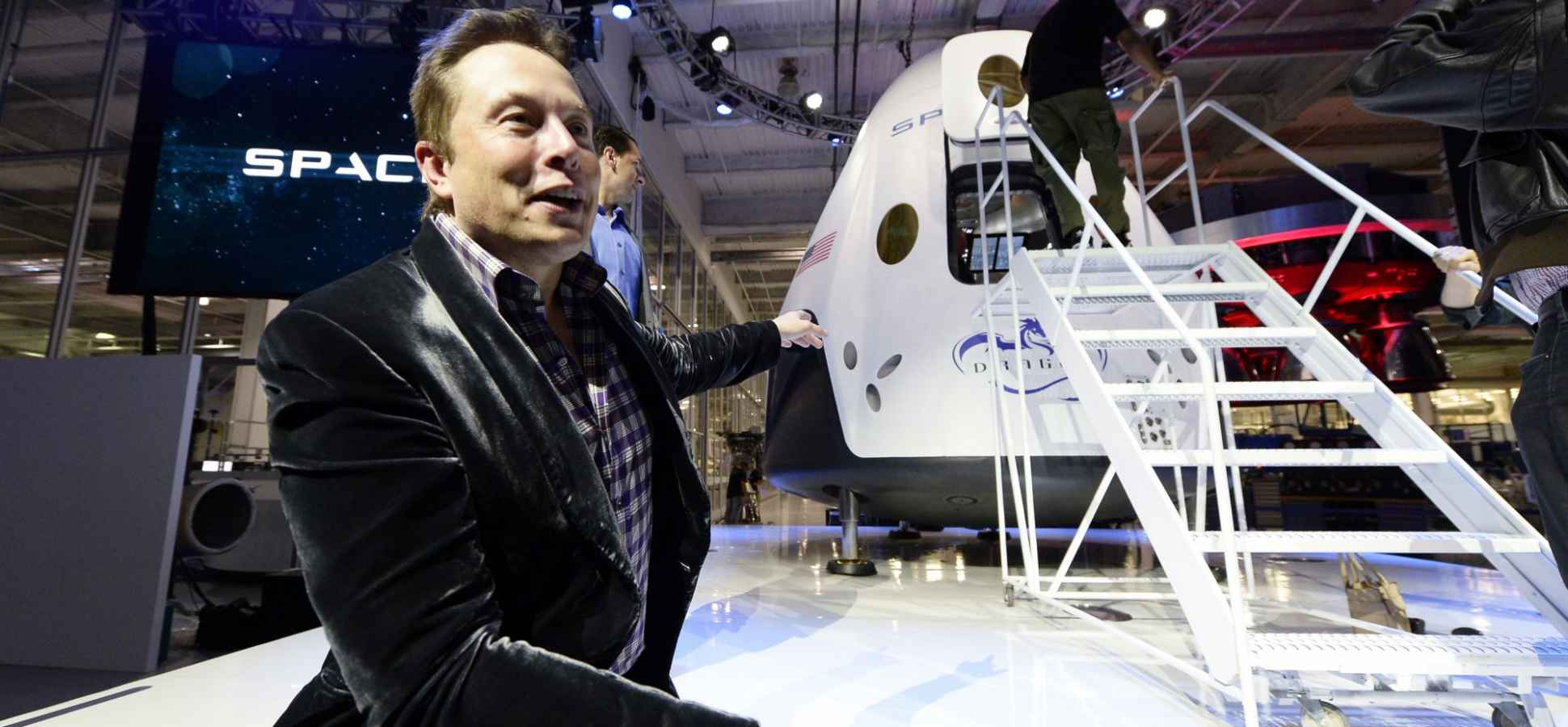 Why Elon Musk, Tony Robbins and Other Geniuses Tell Everyone Their Plans
