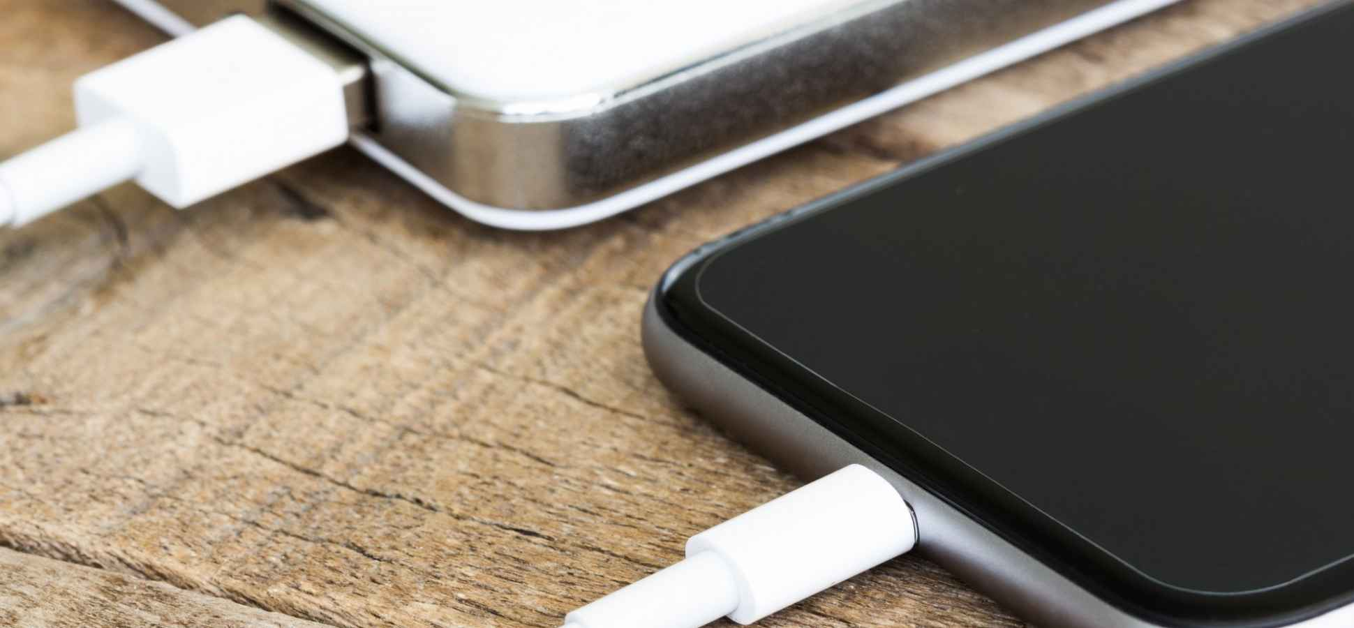 A PhD Student May Have Accidentally Found a Way to Make Your Phone Battery Last 400 Years
