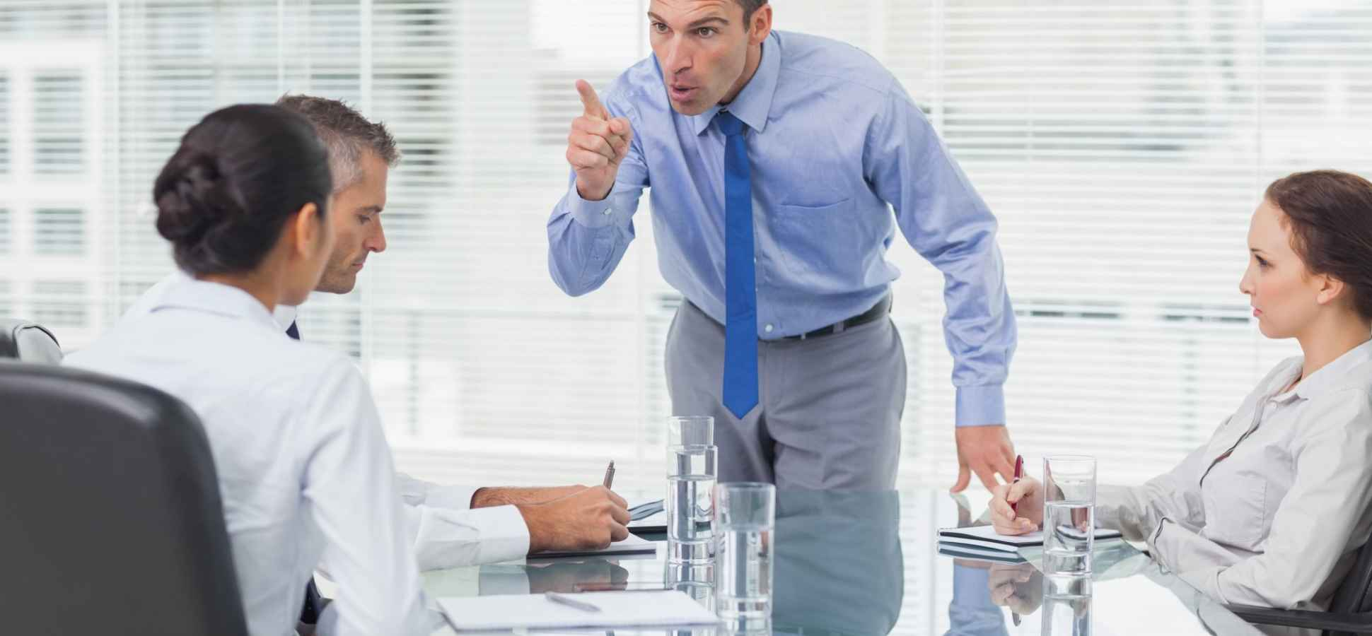 6 Important Signs That Confirm That You're a Really Bad Boss