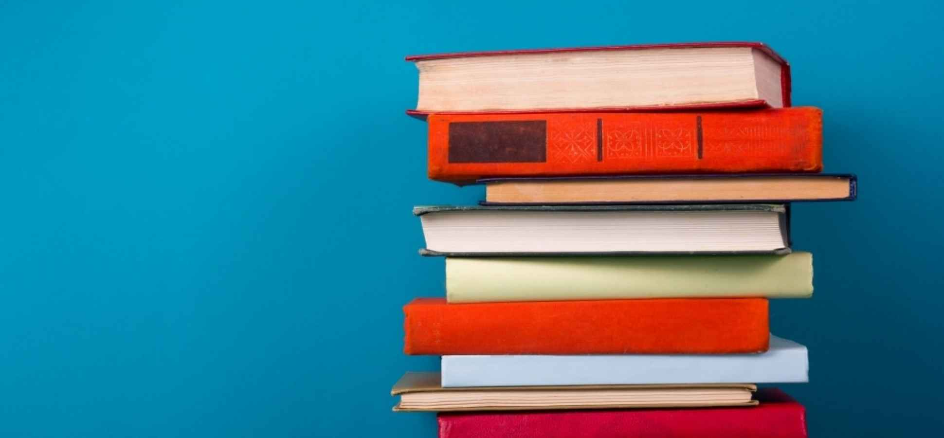 27 Must-Read Books for Providing Outstanding Customer Service