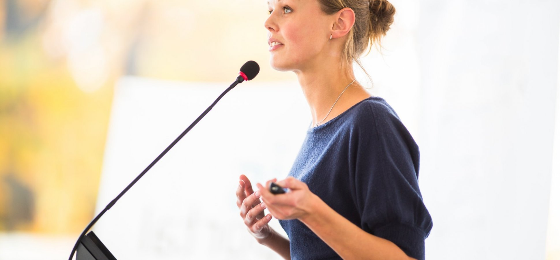 4 Simple Approaches to Overcoming Your Fear of Public Speaking