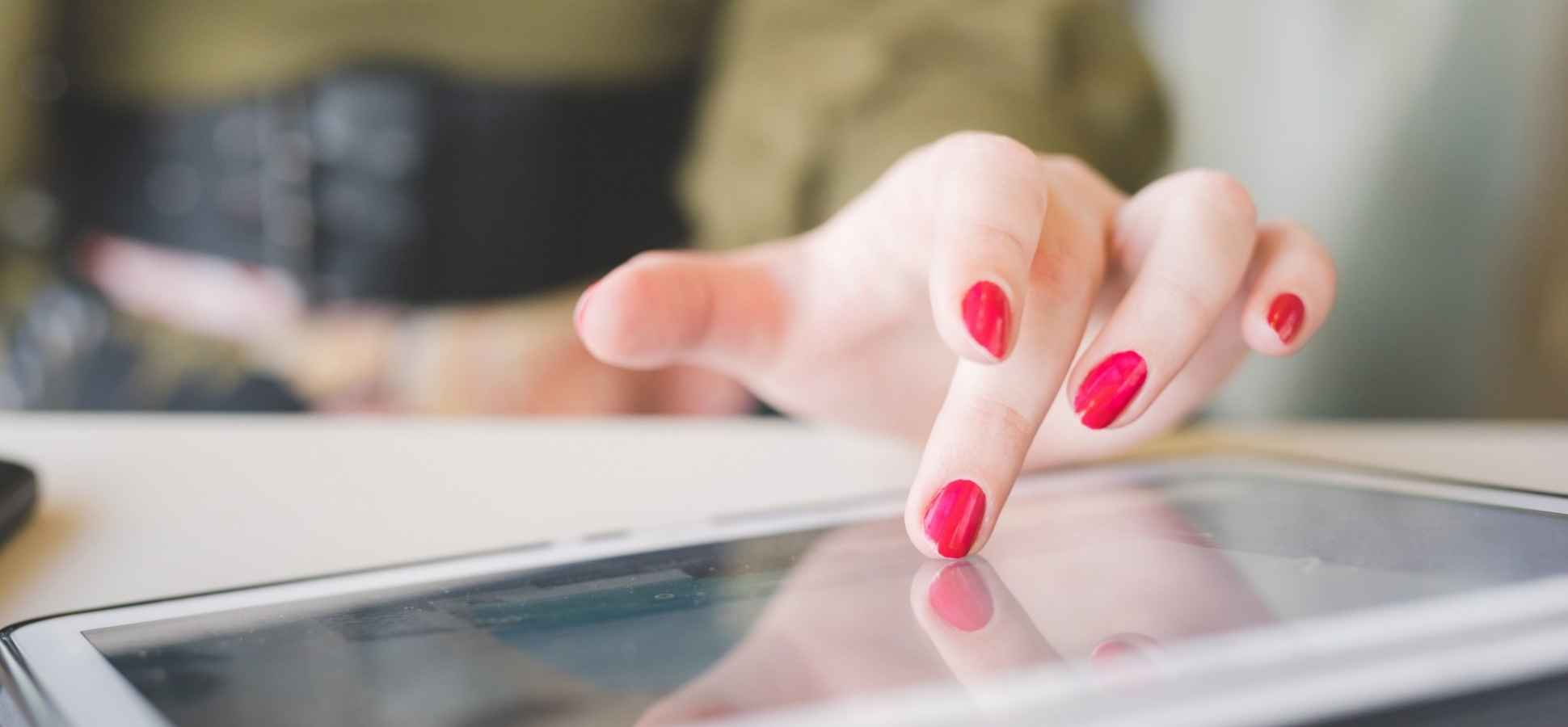 Constant Multitasking Is Damaging Millennial Brains, Research Shows