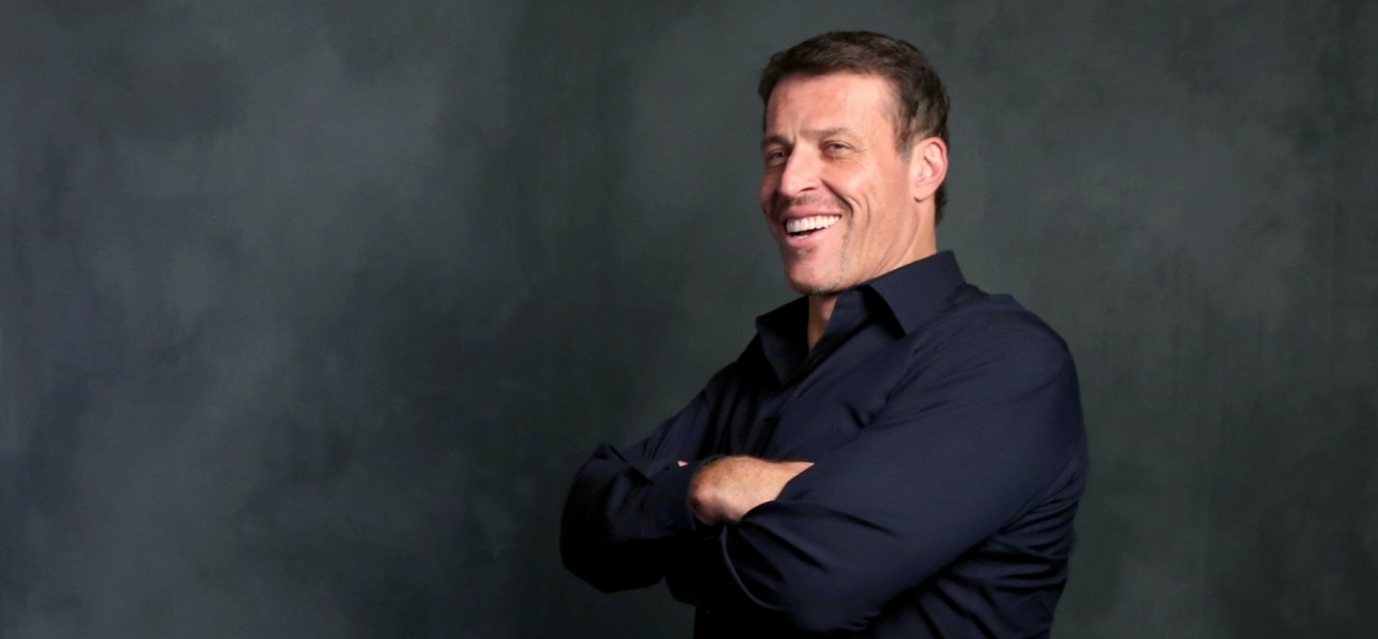 Tony Robbins and Peter Diamandis Believe Entrepreneurs With Crazy Business Ideas Will Save the World