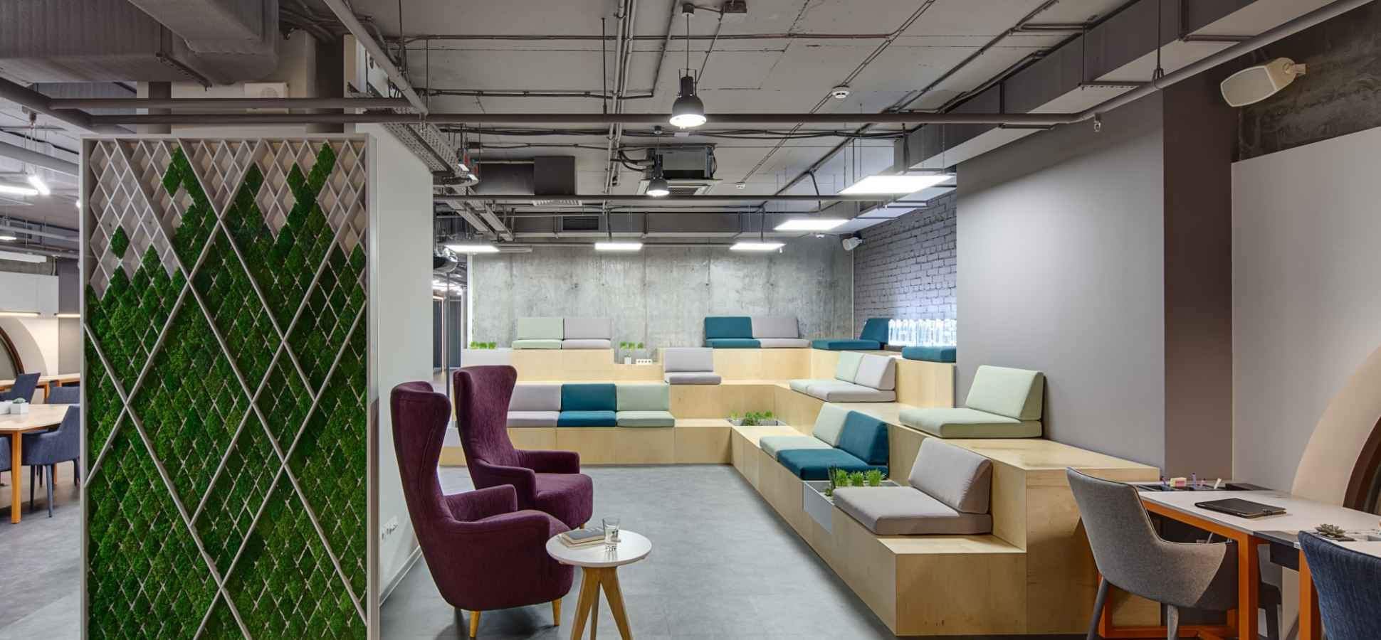 Want to Make Employees Happy? Make Your Office Like a Co-Working Space