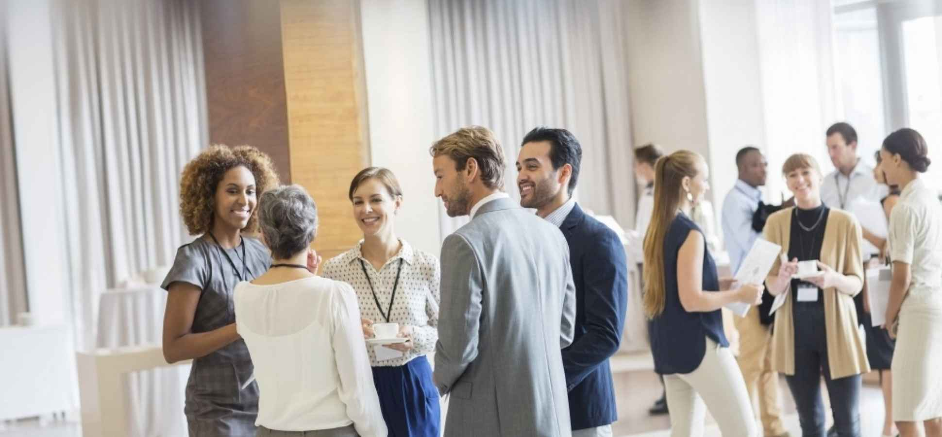 17 Ways You Embarrass Yourself While Networking