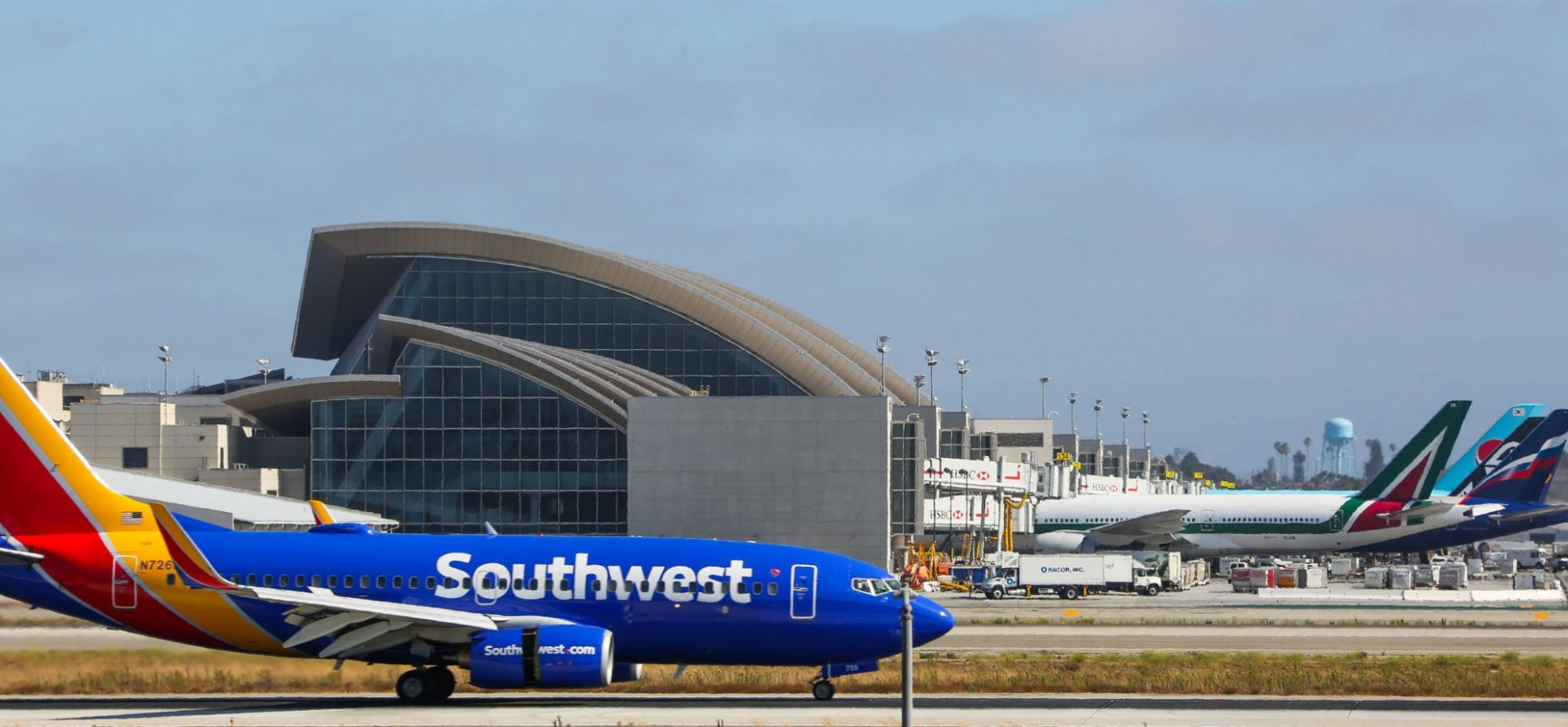 Southwest Airlines Made $358 Million Last Year Selling This 1 Simple ...