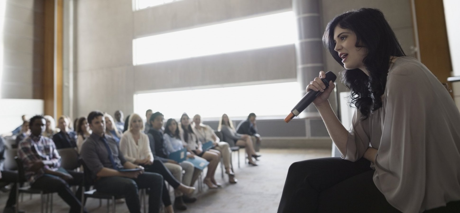 7 Must-Use Audience Engagement Tips From a Professional Storyteller