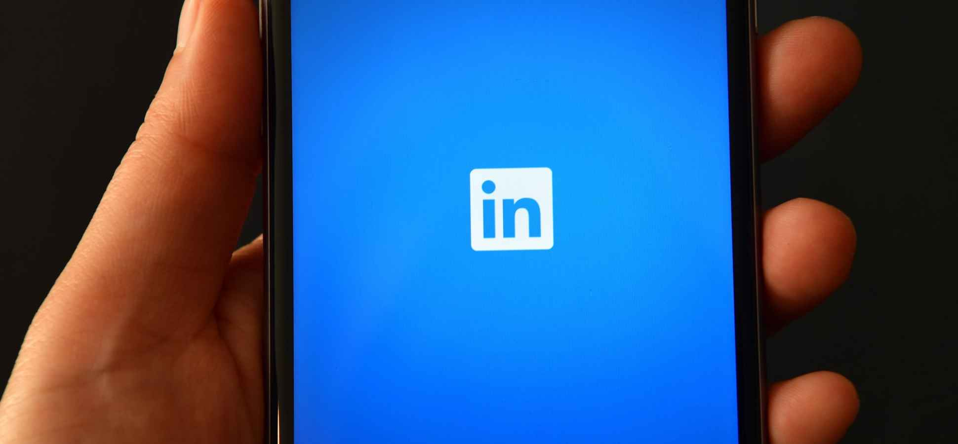 The Secret to Getting Noticed on LinkedIn