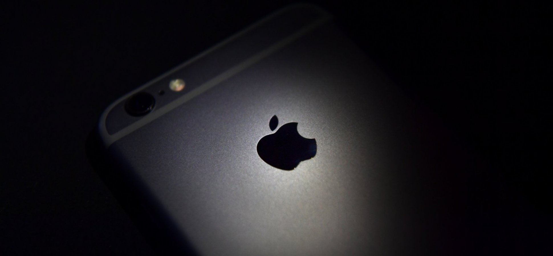 1.4 Billion iPhones and iPads Are at Risk Due to This Major Security Flaw