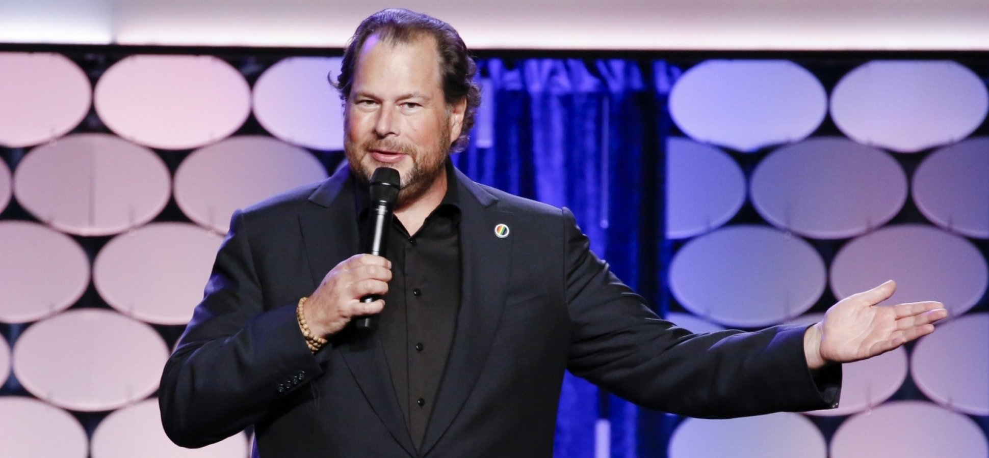 The CEO of Salesforce Found Out His Female Employees Were Paid Less Than Men. His Response Is a Priceless Leadership Lesson