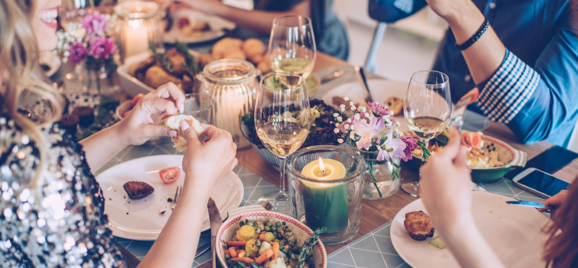 3 Conversation Starters That Guarantee Your Next Dinner ...