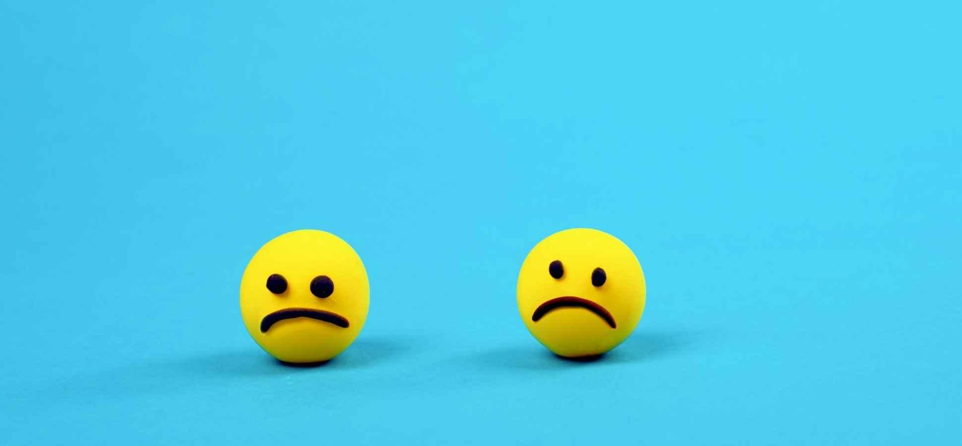 11 Emojis That Make You Look Really Unprofessional At Work Inccom