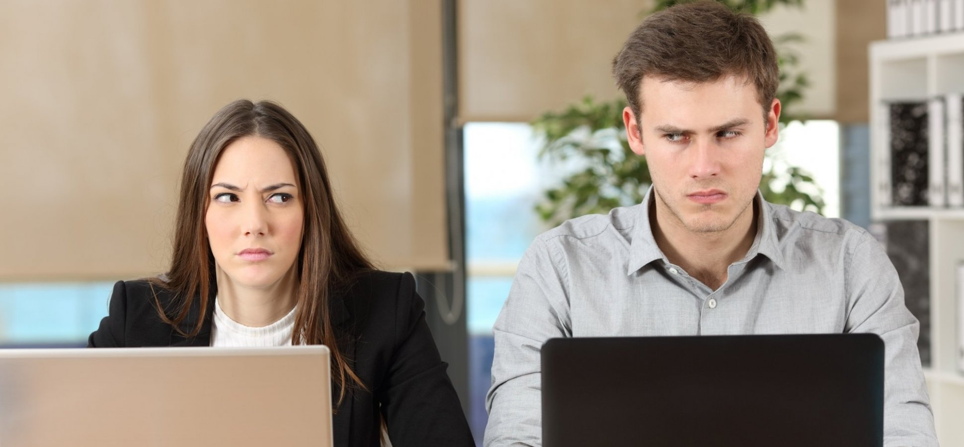 8 Signs You Are Being Taken Advantage of by Your Co-workers