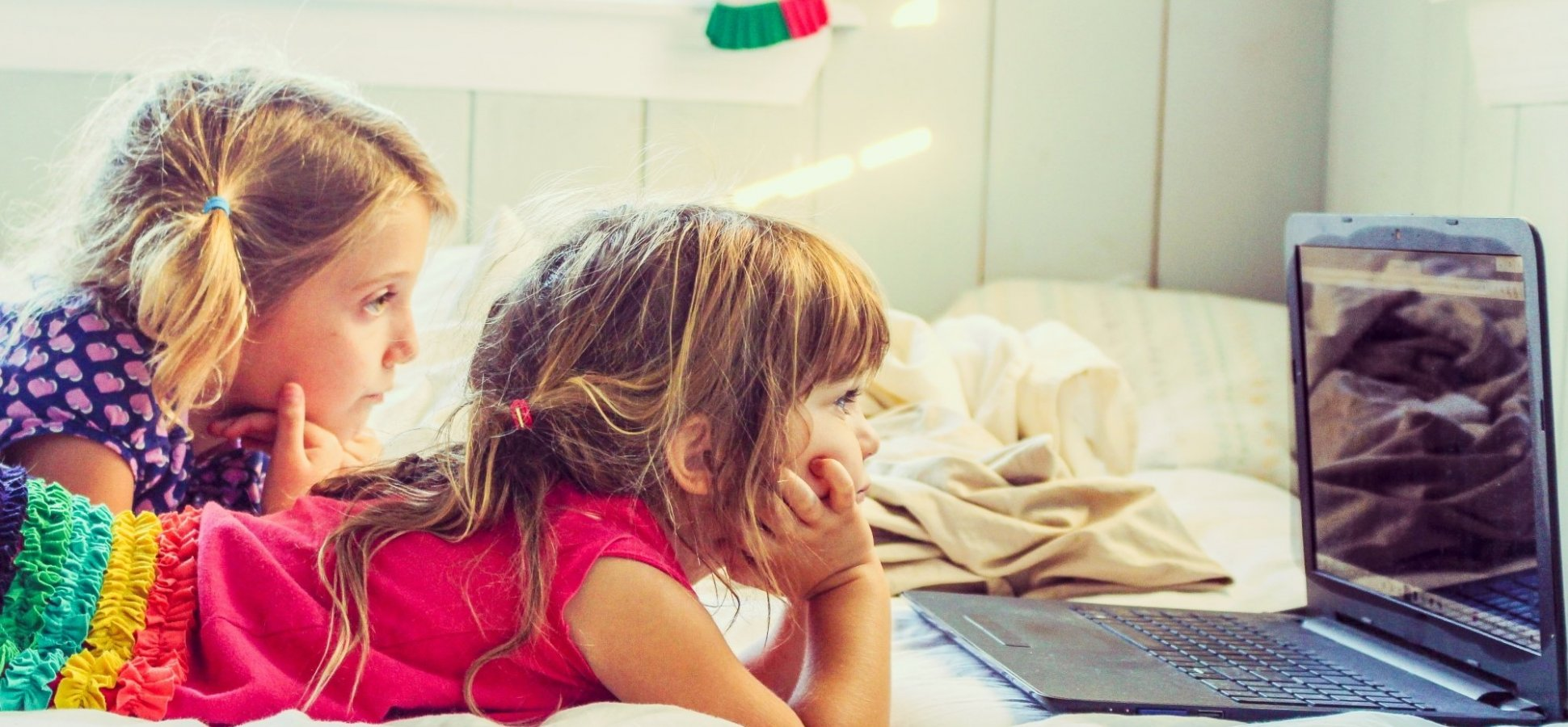 Kids Turn To Screens To Cope With >> Kids Whose Parents Limit Screen Time Do Worse In College New Study