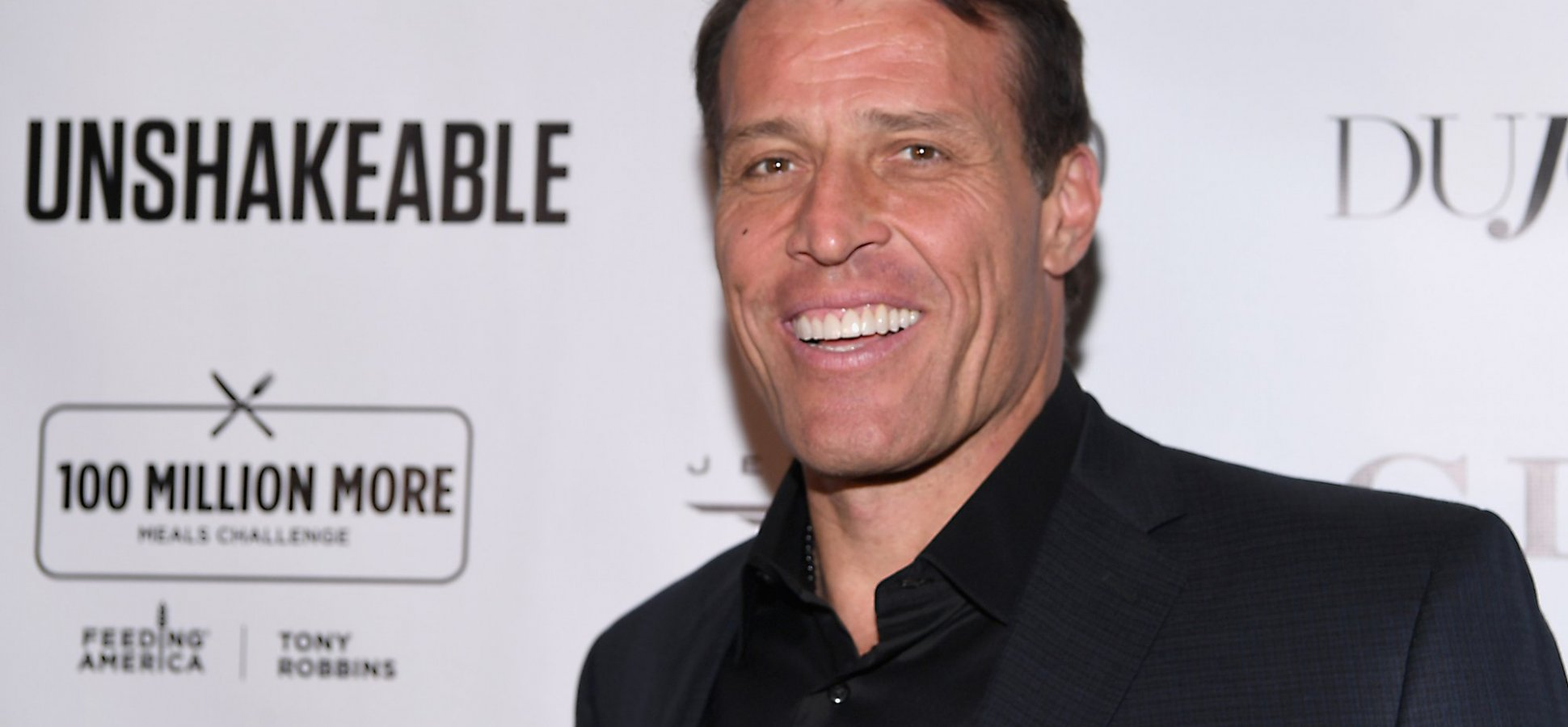 This Technique From Tony Robbins Will Help You Actually Keep Your New Year's Resolutions