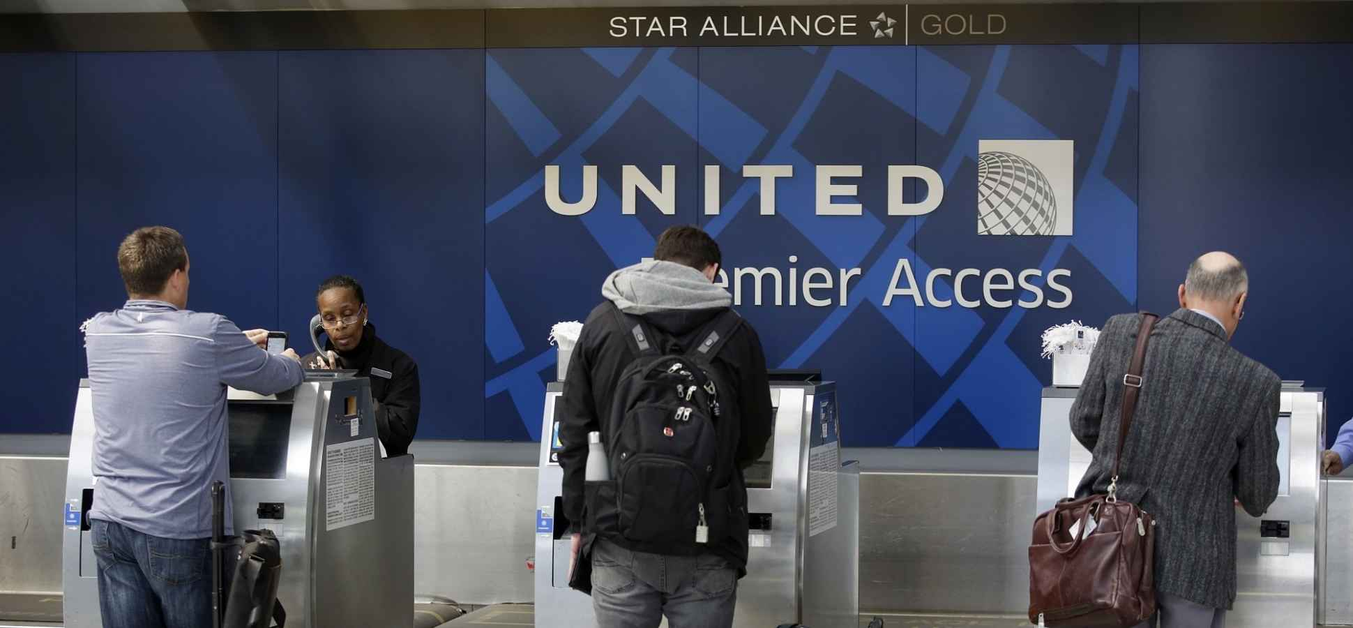 united airlines just announced the 10 things it u0027s doing to win you
