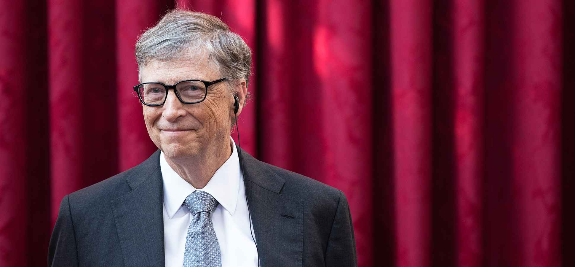 This Novel Is So Good Bill Gates Gave It to 50 of His Friends