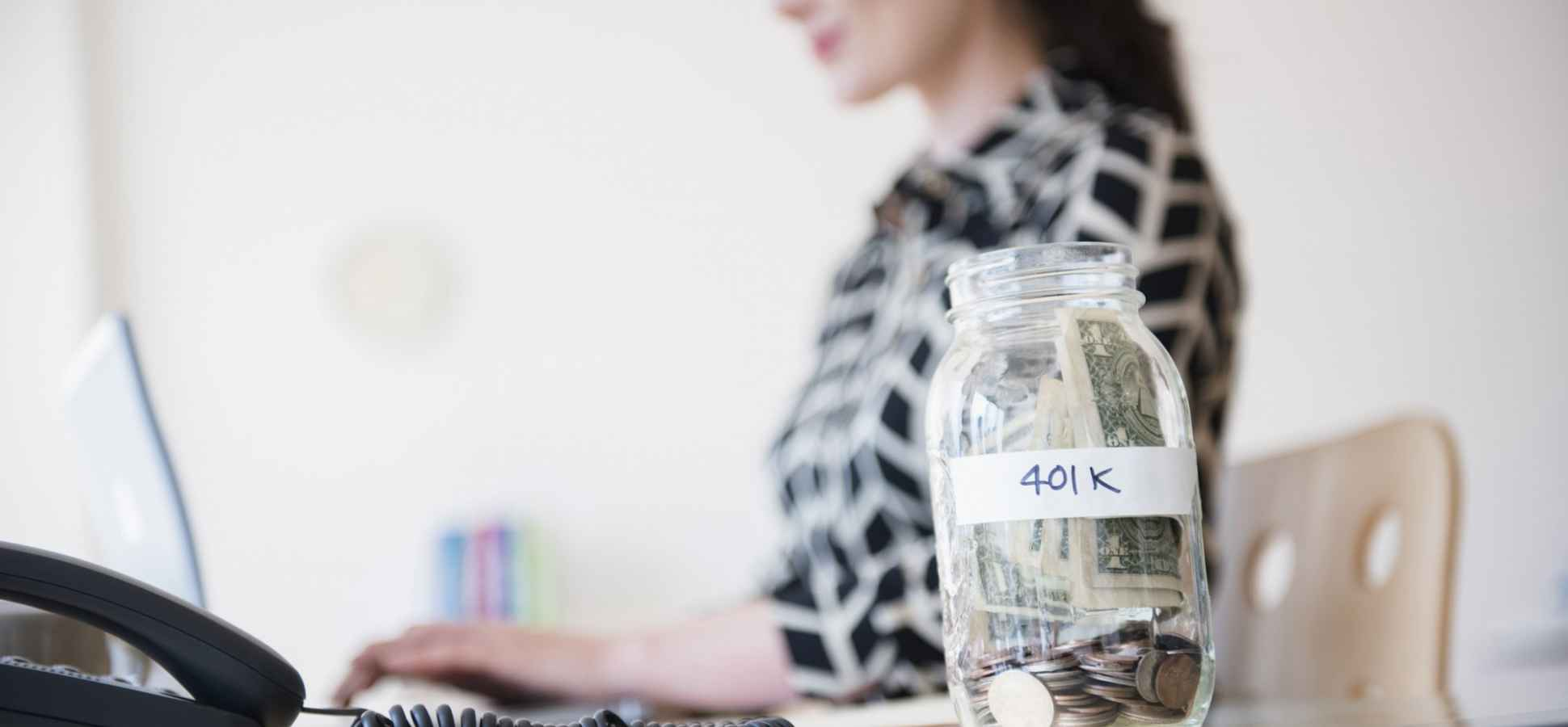 10 Clever Ways Millennials Can Save Extra Money Every Month