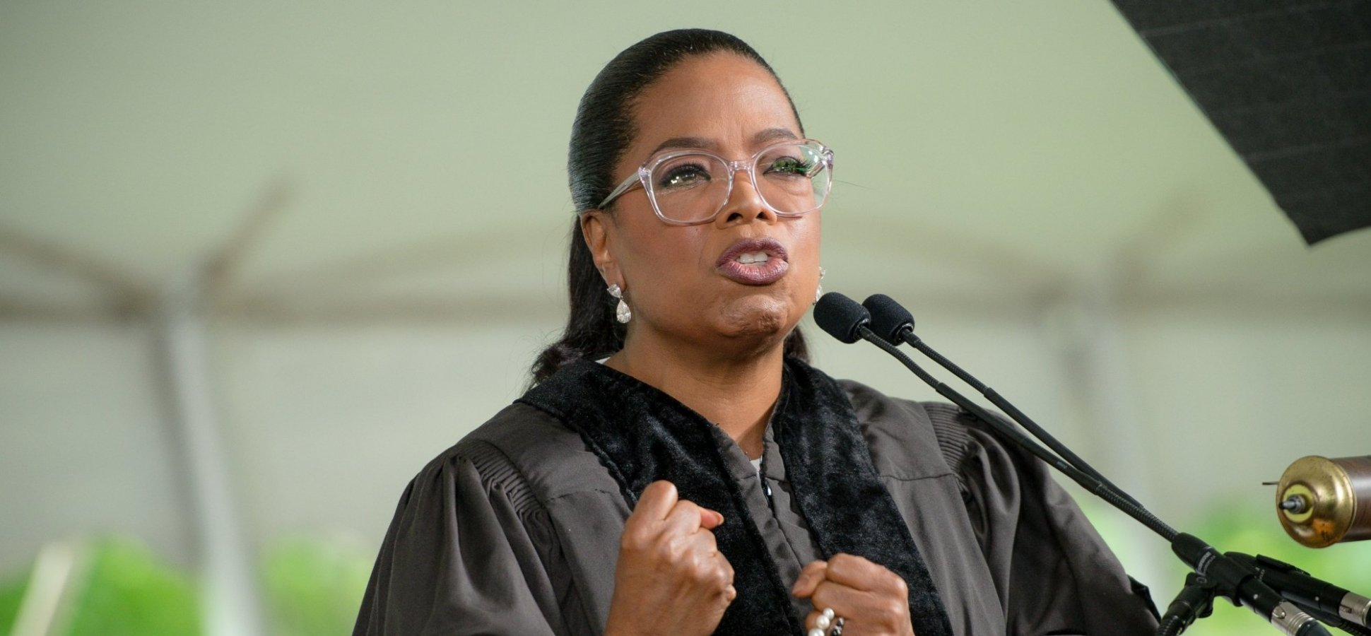 Oprah's Brilliant Career Advice for 20-Somethings Is a Master Class in Emotional Intelligence