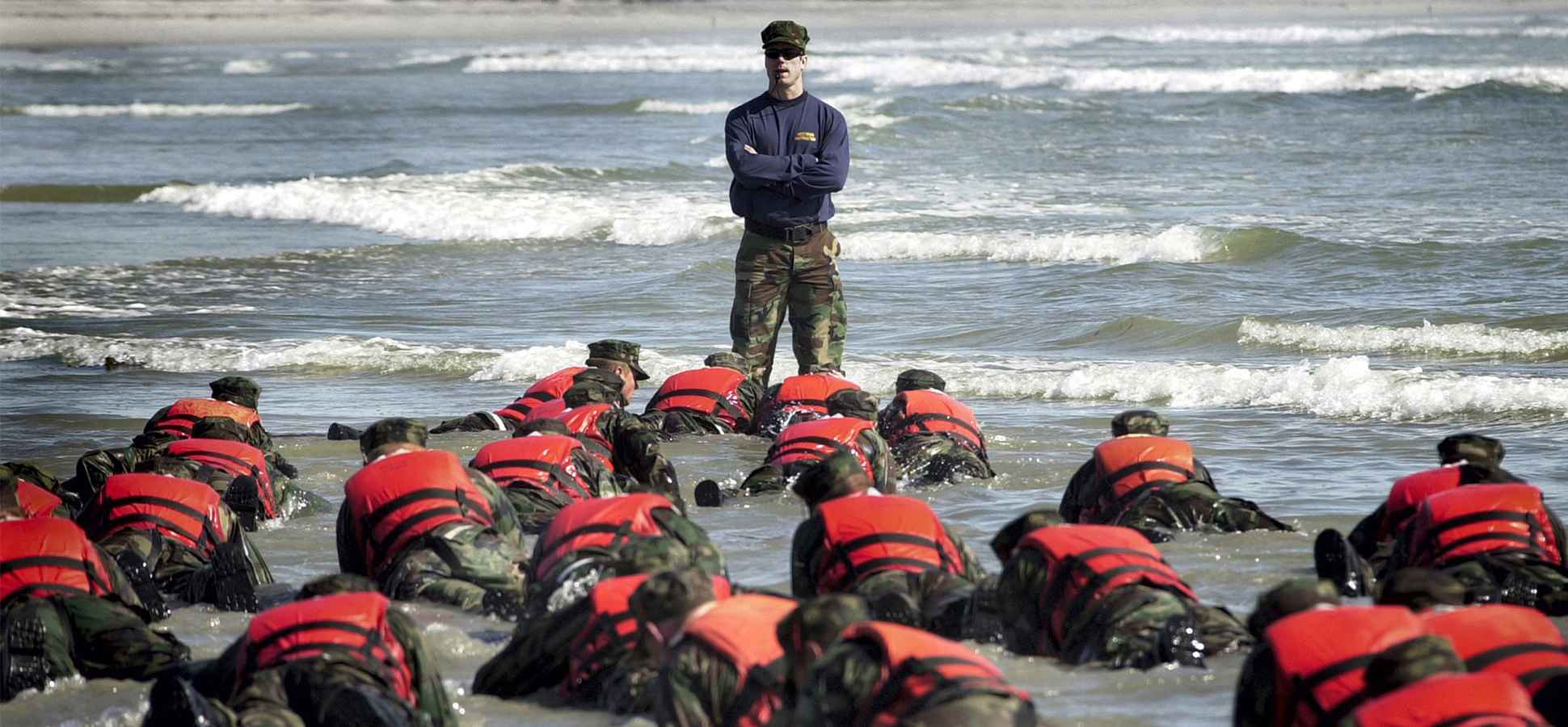 Want to Be a Great Leader? A Navy SEAL Commander Says You Must Adopt This 1 Key Habit