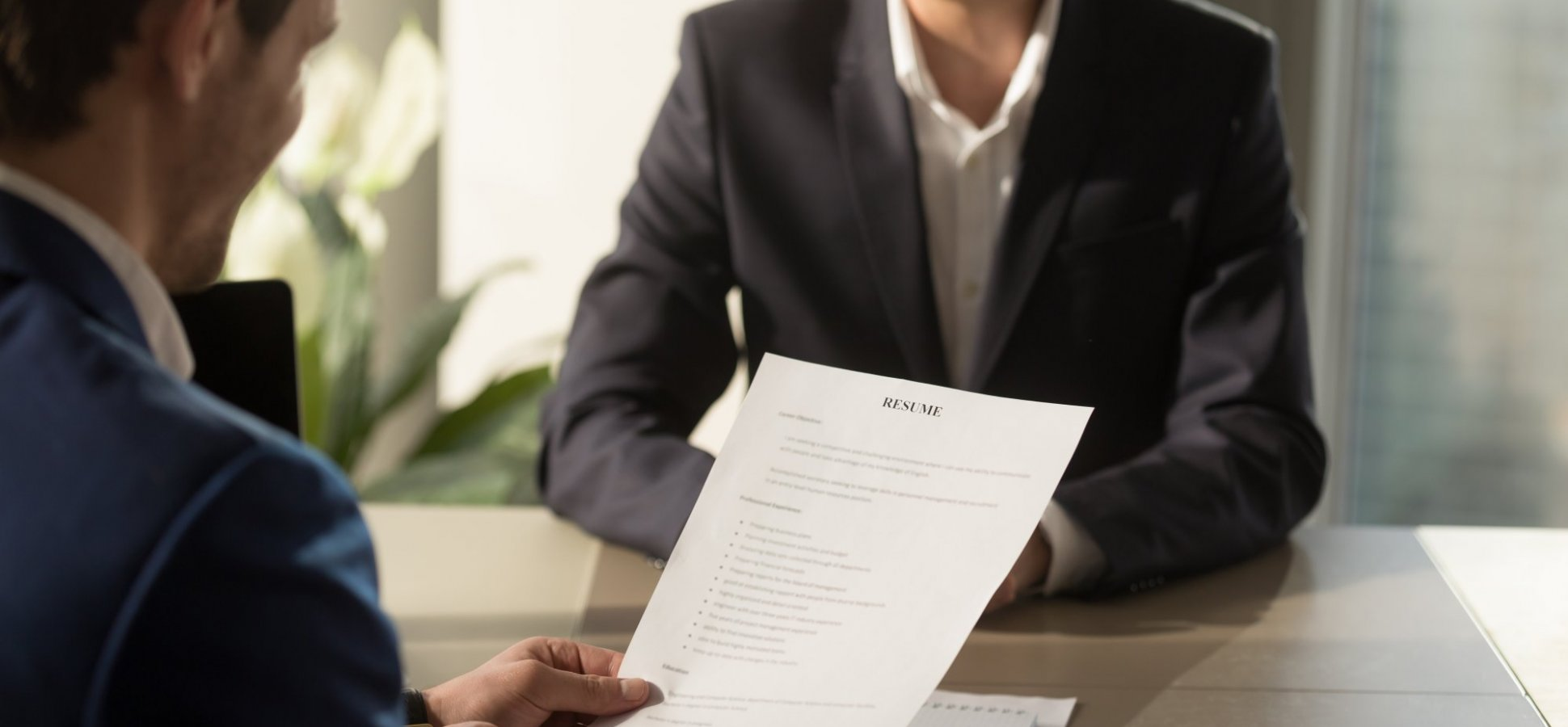 5 Things Your Cover Letter Needs If You Want People to Read It, According to a Recruiter