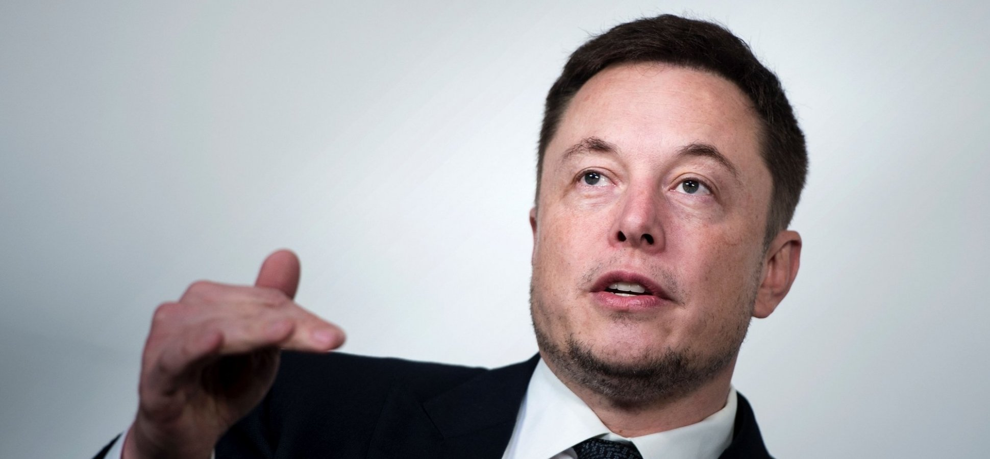 The 5 Things Elon Musk Does Every Day to Make Himself Productive