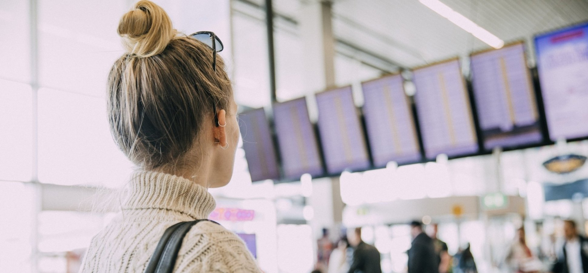 6 Airport Hacks to Make Business Travel a Breeze During the Busy Season