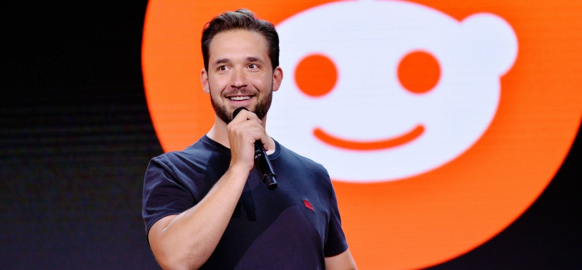 Why Reddit Co-Founder Alexis Ohanian Lives by This 3-Word Mantra (and You Should Too)