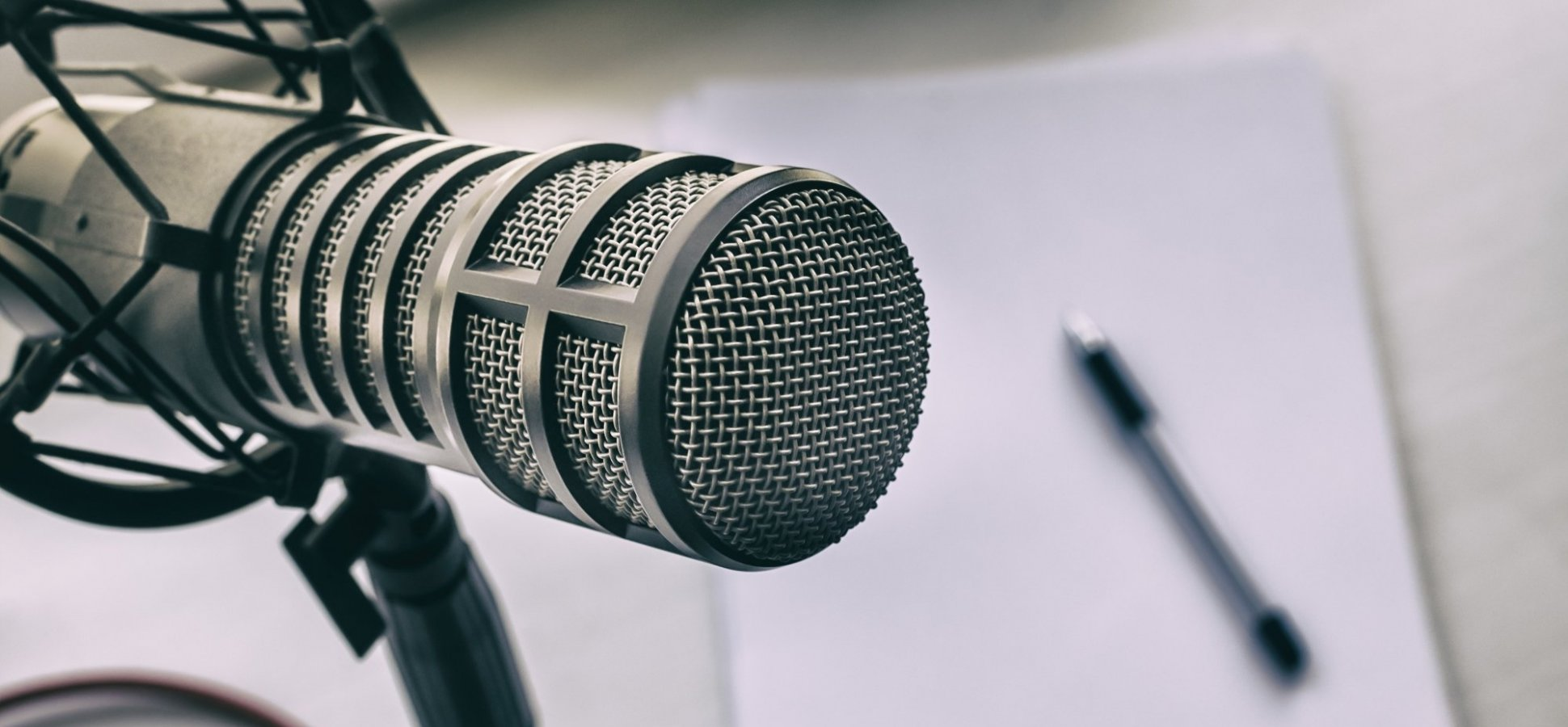How to Start Your Own Podcast (and Get a Million People to Listen)