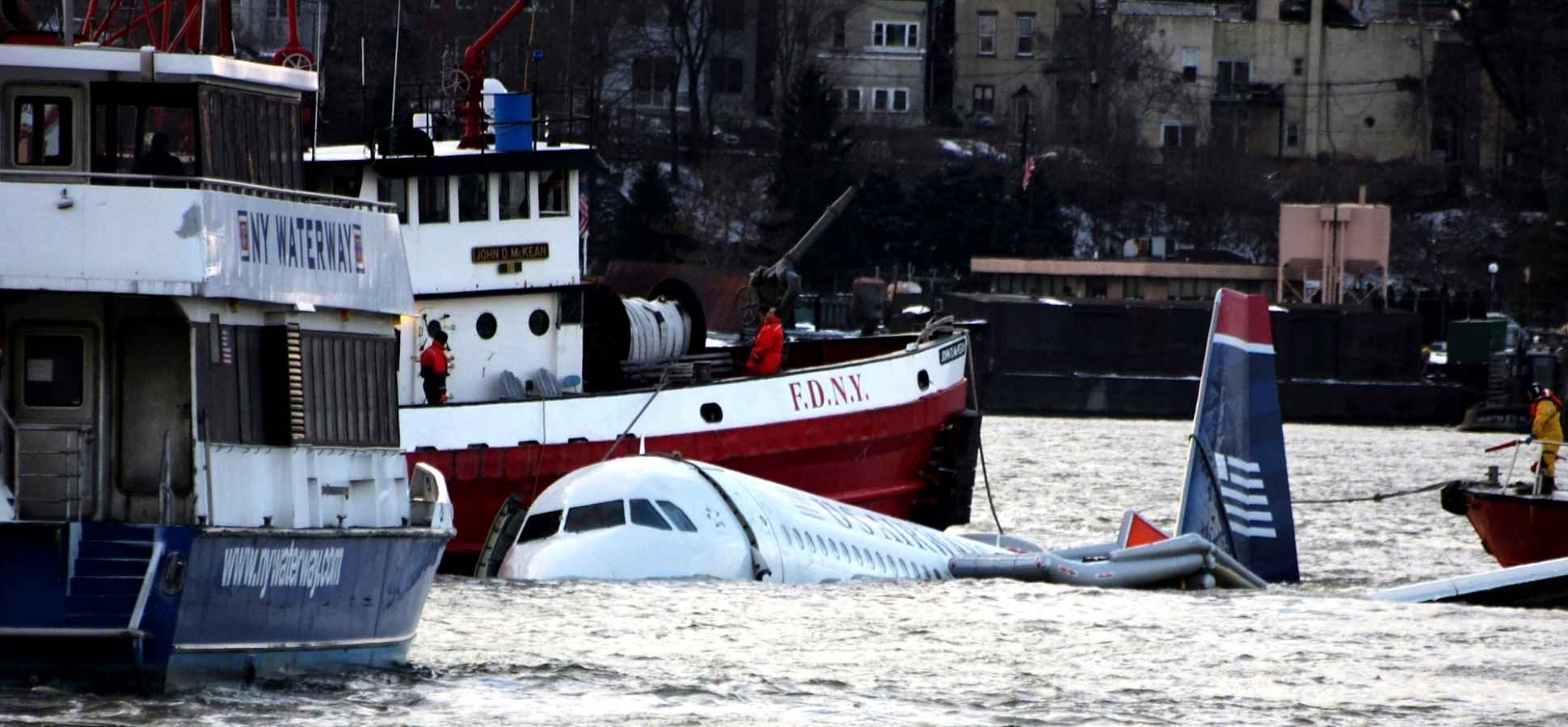 Remember the Plane That Crashed in the Hudson River? A Survivor Shares 3 Major Lessons He Learned