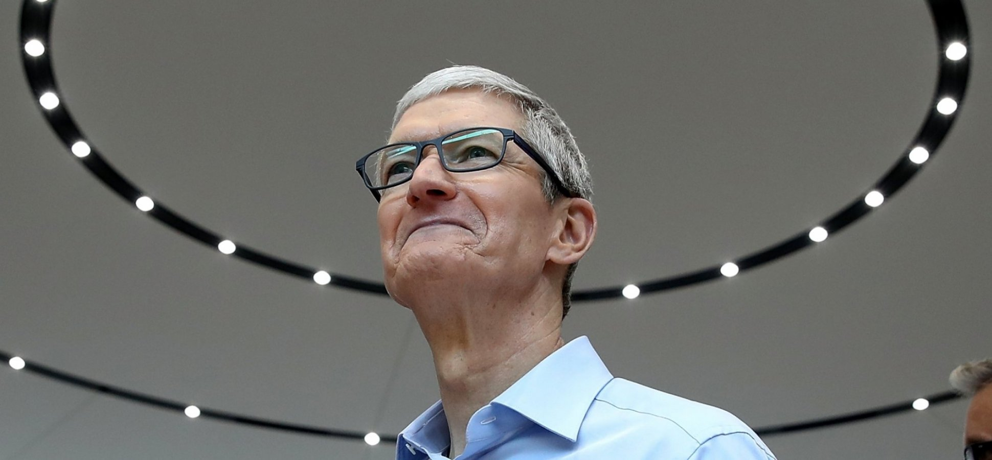 Apple CEO Tim Cook Just Nailed How to Handle Your Critics in 6 Brilliant, Pointed Words