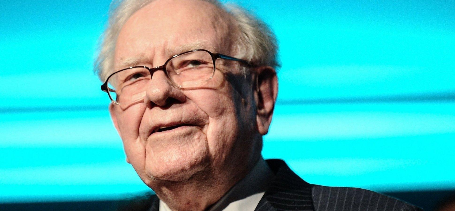 Warren Buffett's 5 Best Success Tips from 120 Hours of Berkshire Shareholder Meetings