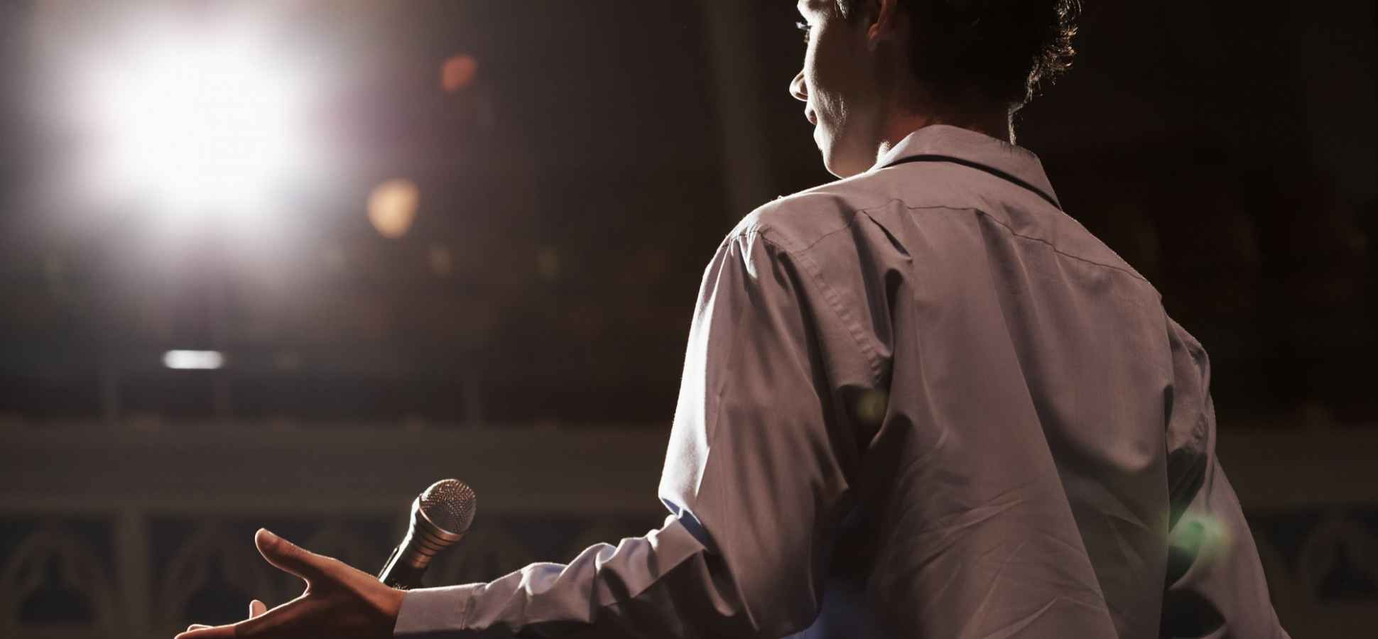 4 Apps That Will Make You a Better Public Speaker